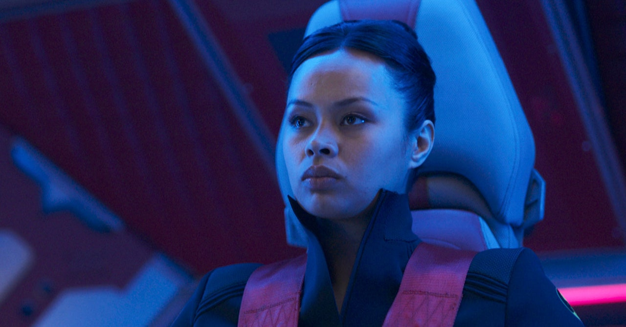 Could Bobbie Really Hold 2 Spaceships Together in 'The Expanse'?